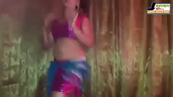 porn dancing reporter Real mom and daugter