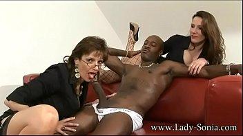 spanking lady sonia british Lilian patricia herrera colombiana