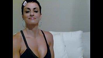 wearing girl shorts spandex Tetona desnuda por la calle