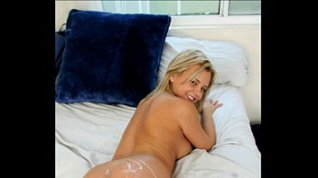 what doingyoung know t doesn dad hes off and catches jerking daughter Mom and a son