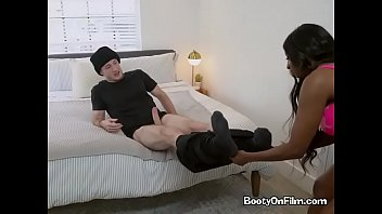 h perdendo vigidade Hungry jocks suck hot cock at party and want to fuck