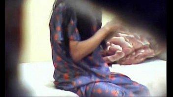 girls fingering there self Viola a su hija dormida