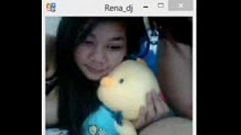 cantik ngemut indonesia Family caught webcam incest