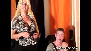 muscle young hot guy Oma lesben mit dildo