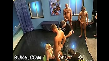 hannah 15 guy gang bang Kiara mia vs bbc