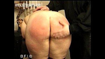 jiggly spanking ass Ballbusting and facesitittin shemale bondage