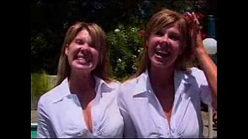 twin hd sister 2 minutes for creampie