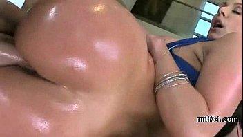 seduce daughter to fuck father slut Justin bieber fuck miley cyrus xnxx