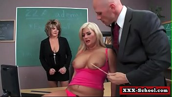 the in classroom fuck Hentai tricked into gangbang