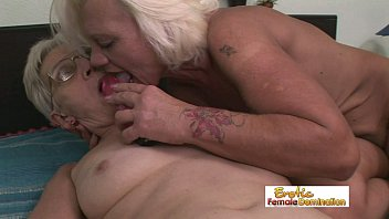 granny perverse piss old Love that pee