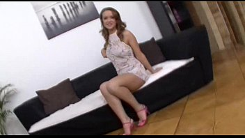 gloria teens anale Teen babe wants some sex