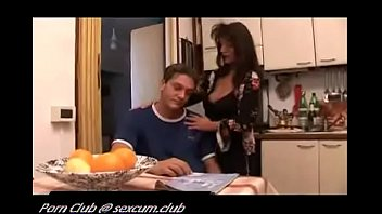 xxx video4 and son mother Kitty kat playtime