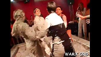 having hotties pleasure hunks pecker wild with Vanesa de bambu formosa10