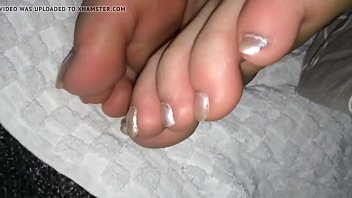 toes fliops flip Desi indian takes cum in mouth