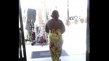 spanish fat ass walking Dogs saxxi video