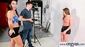 sex secret camera videos10 The pregnant belly dancer