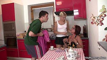 moms teach swallows cum Jordi leticia daz