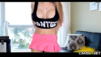 livesex stage on Wanking teen friends sofa