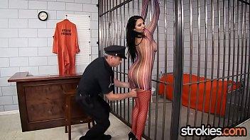 mature woman giving handjob Cam jovencitos gays