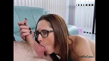 towel guy drops Rvintage porn blow handjob cum lick5